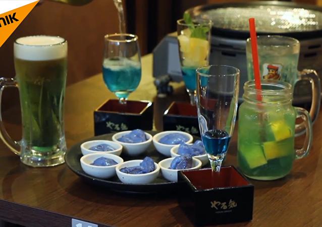 日本燒肉店推出「藍色燒肉」