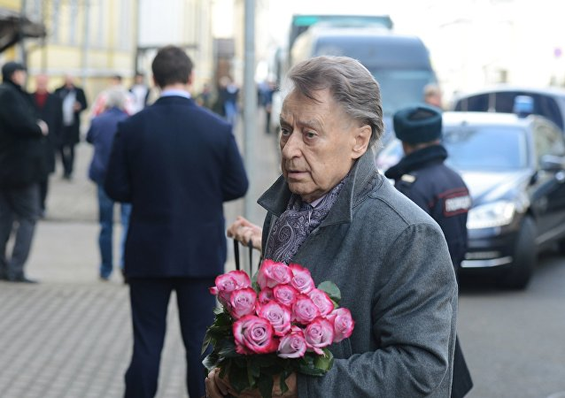 著名苏联诗人安德烈 ·杰缅季耶夫逝世 享年89岁
