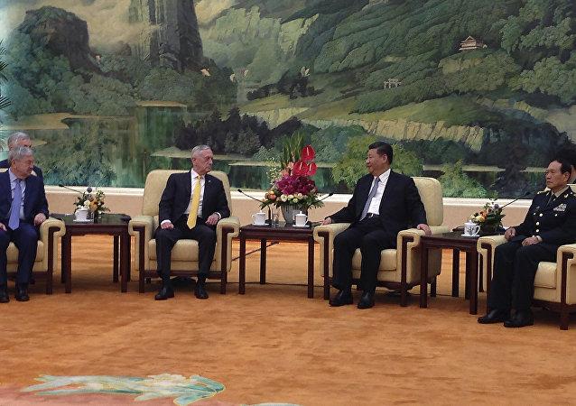 中国严正表态:不再与美谈南海问题
