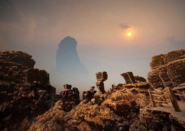 中国贵州省梵净山获准列入《世界遗产名录》