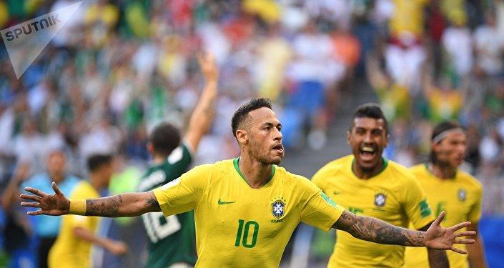 2018世界杯巴西隊1:0擊敗墨西哥隊
