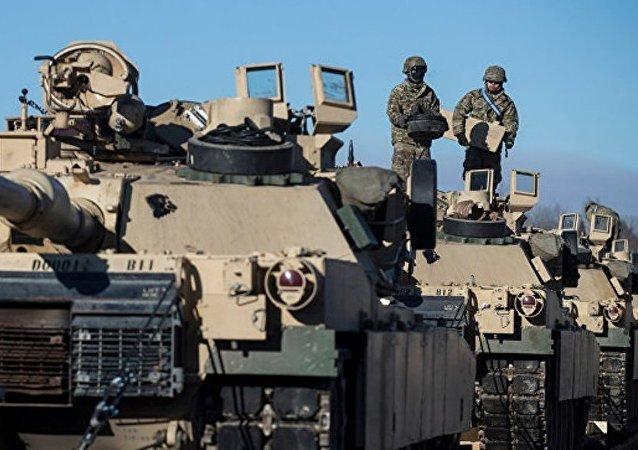 明斯克将在军事计划中考虑波兰部署美装甲坦克师问题