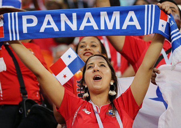 美國老太每年誤穿巴拿馬國旗T恤慶祝獨立日