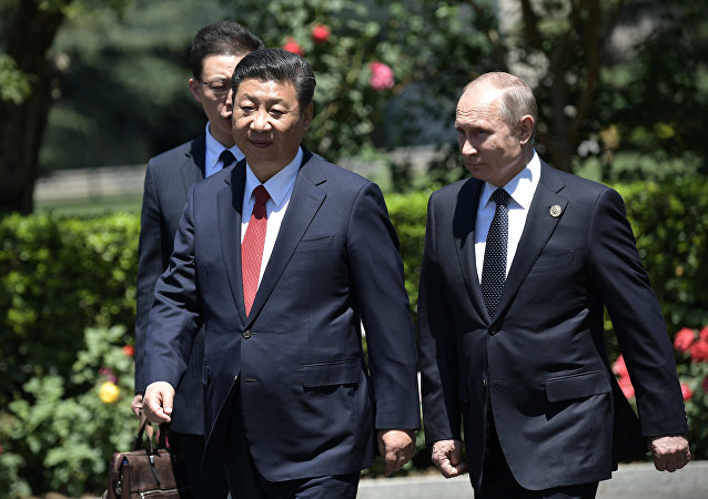 普京盼在東方經濟論壇和金磚國家峰會期間同習近平會晤