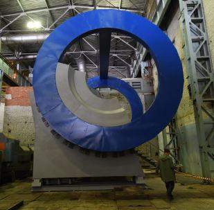 """俄罗斯对撞机:学者们如何在杜布纳为重建宇宙 """"大爆炸""""做准备"""