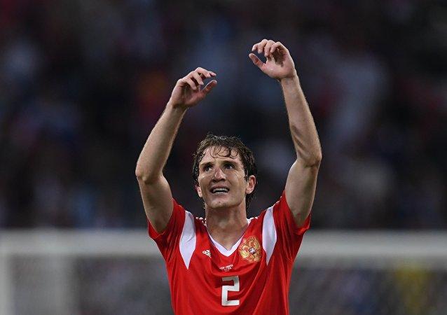 意大利国际米兰队有意俄国脚马里奥·费尔南德斯
