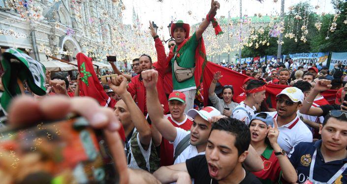 世界杯球迷在莫斯科花費超過15億美元