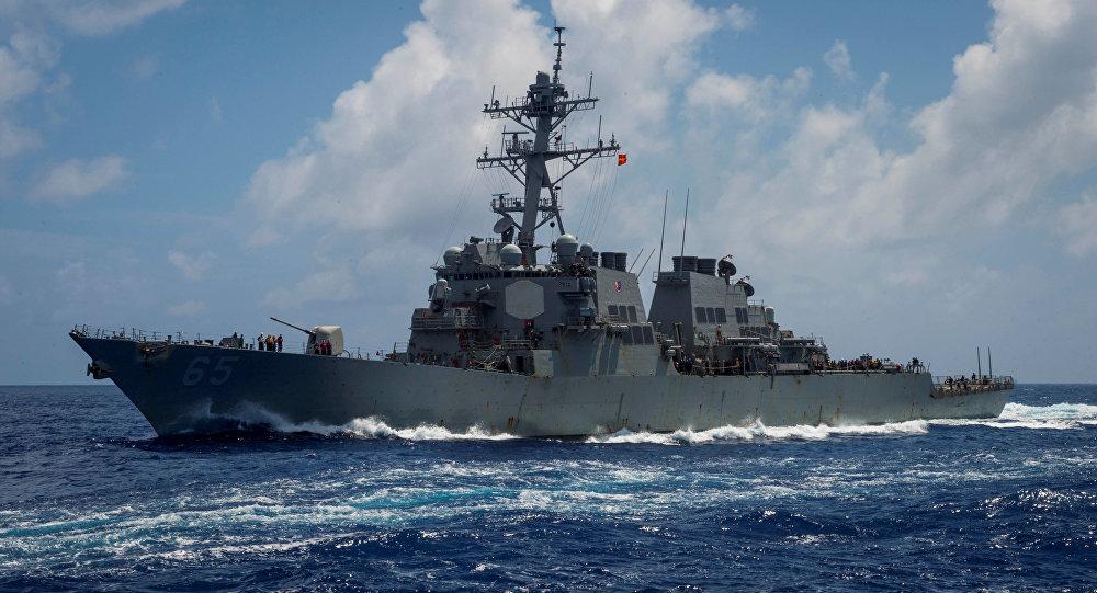 美驱逐舰通过台湾海峡的背后原因?