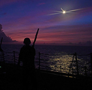 華媒:美軍艦訪台灣?美參議員想嚇唬誰