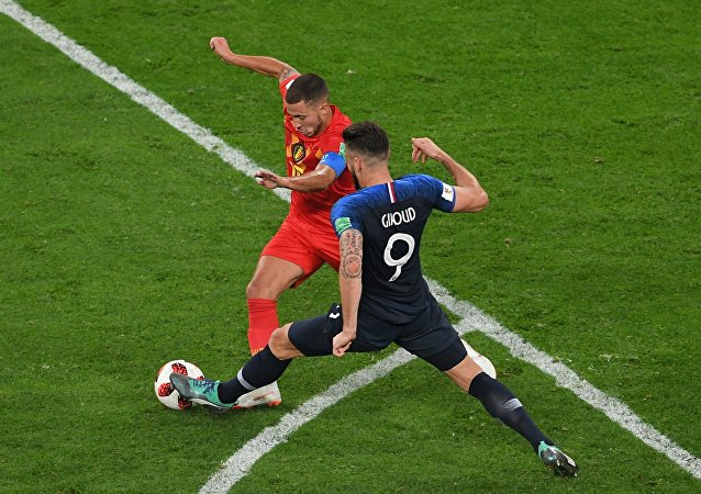 法国战胜比利时挺进世界杯决赛