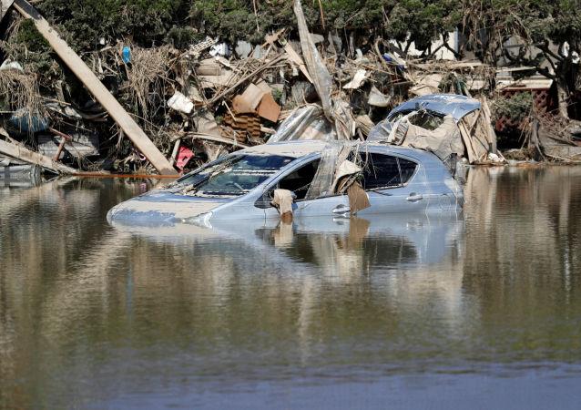 日本政府稱洪水死亡人數達176人
