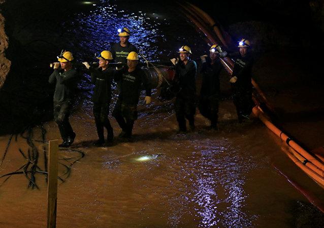 泰国对游客开放2018营救儿童的洞穴