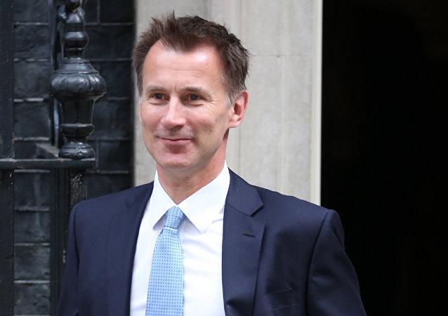 """""""中国女婿""""杰里米·亨特接棒英国外交大臣是否有助于中英""""黄金时代""""走向鼎盛时期"""