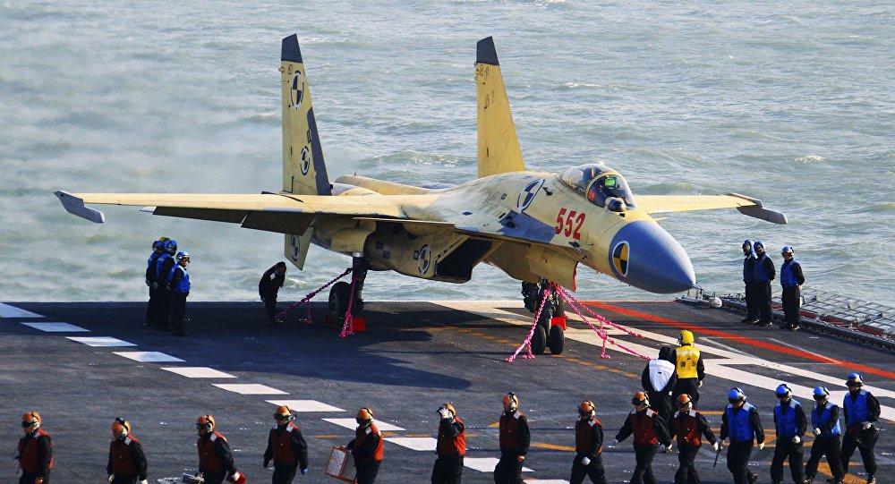"""歼-15真的""""无药可救""""?俄专家为您解读"""