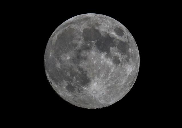 NASA局長解釋為甚麼美國不重返月球