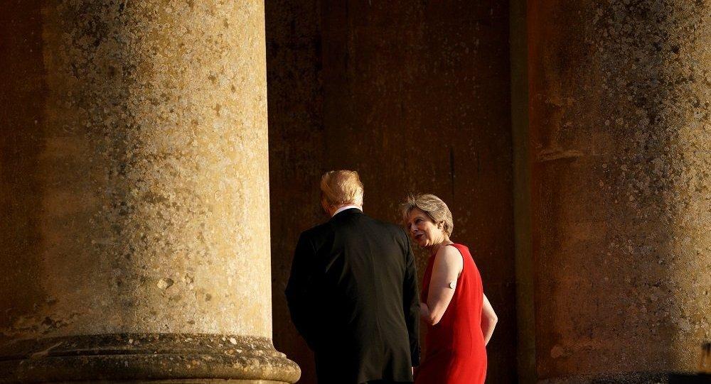 美国总统特朗普与英国首相特蕾莎∙梅