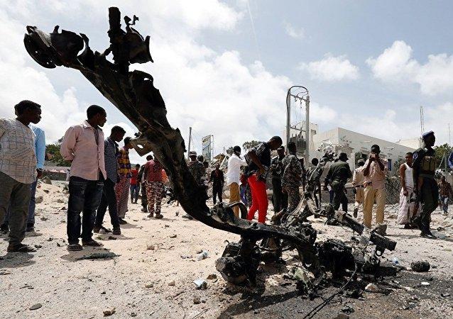 媒体称索马里首都爆炸中的死亡人数不少于10人