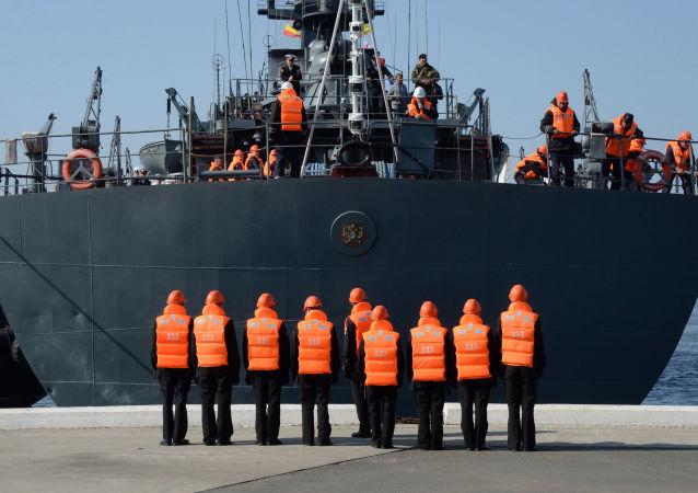 中國海員在俄遠東地區接受極地航行的培訓