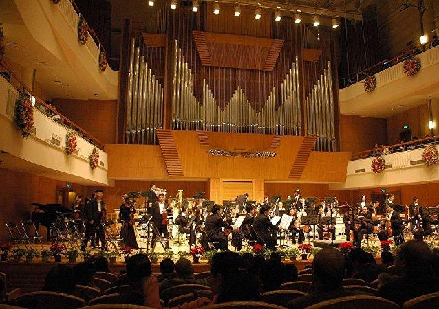 中國愛樂樂團演出