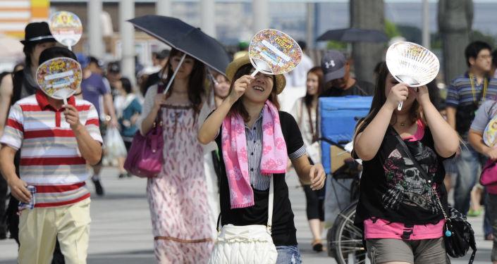 日本因夏季炎热8万多人中暑被送医