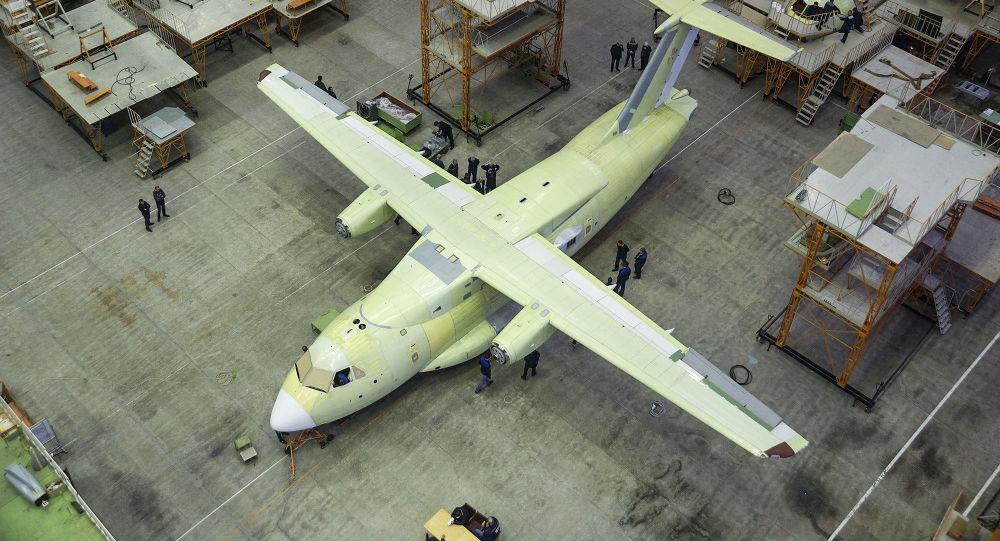 伊爾-112V運輸機