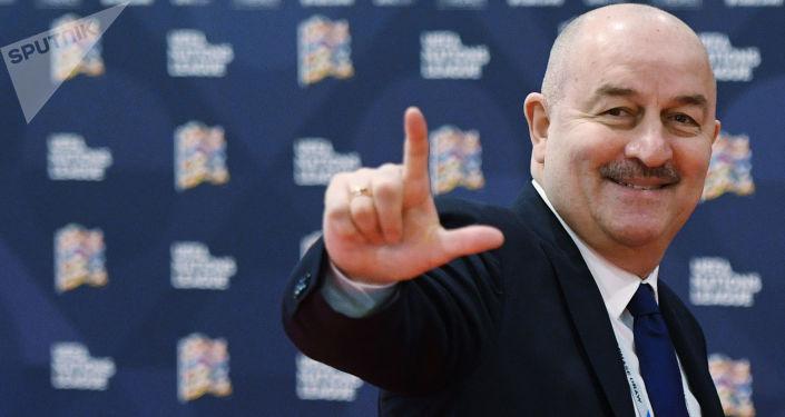 俄足球隊主教練切爾切索夫