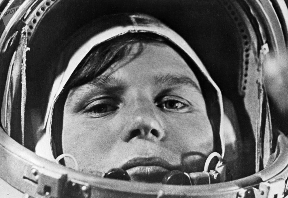 女宇航员瓦莲京娜∙捷列什科娃。