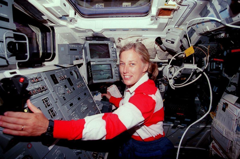 美国工程师、美国国家航空航天局前宇航员简∙戴维斯。