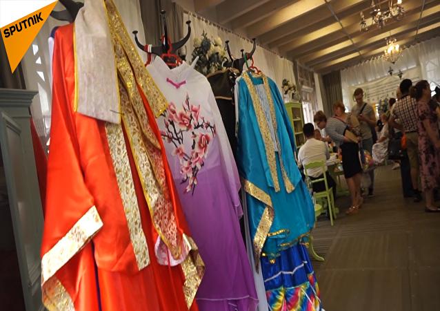 莫斯科北京日文化展在市中心举行