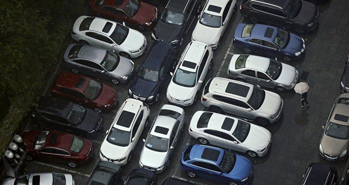 2018年中國汽車產銷量同比均下降 新能源汽車產銷量高速增長