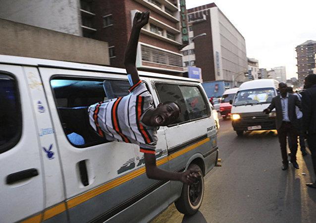 津巴布韋反對派分子