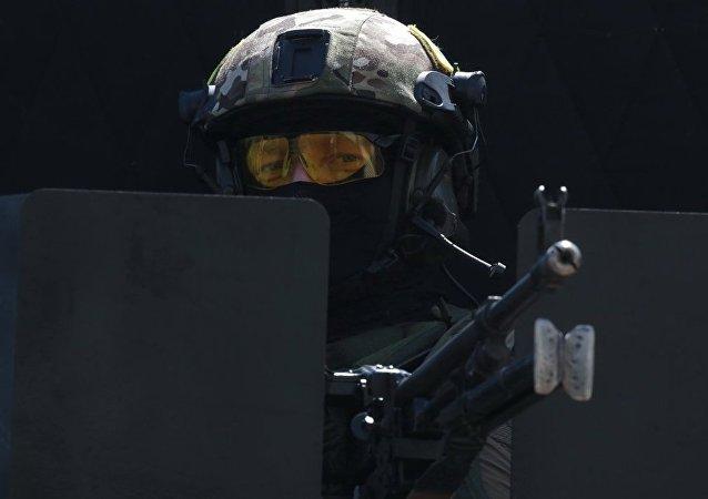 俄特種部隊裝備被美媒稱為「超級武器」的步槍