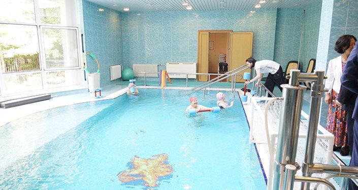 莫斯科第三十一老職工養老院的泳池