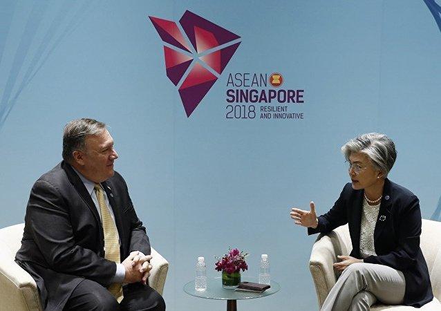 美韓外長在東盟外長會議上討論對朝制裁問題