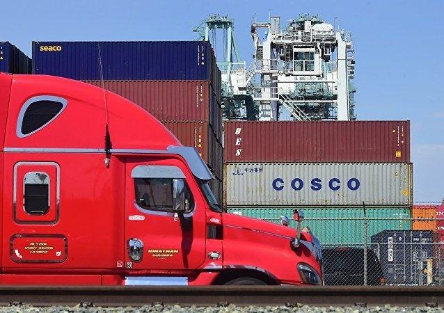 中國將採取一系列政策措施穩定外貿發展