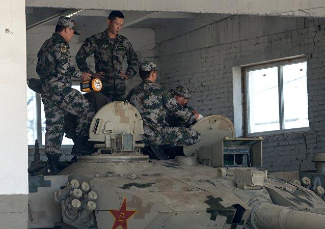 """中国队获得""""苏沃洛夫突击""""接力赛团体第一"""