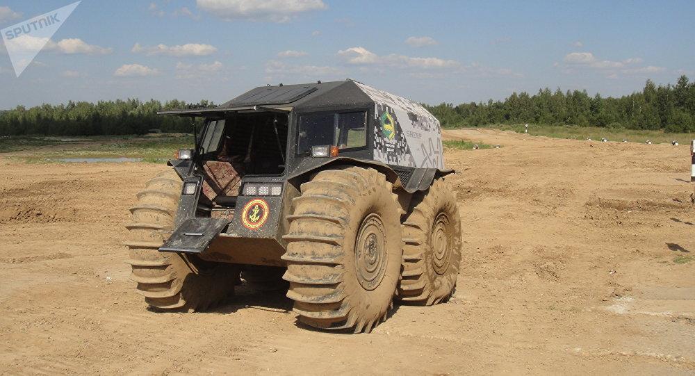 俄產「捨爾普」越野車:對這款汽車來說,不存在難以通行的道路