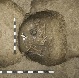 俄罗斯罗斯托夫附近发现一座古墓 比埃及金字塔还古老千年