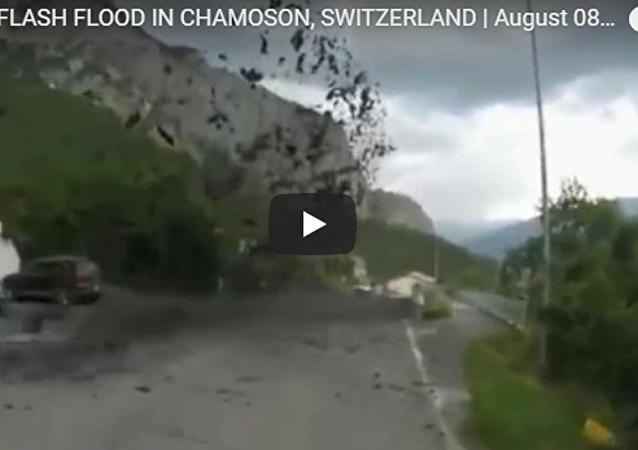 瑞士小鎮被強大泥石流吞沒