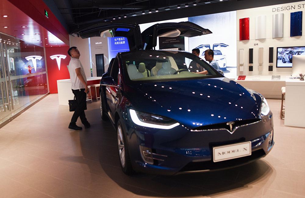 根據通用汽車公司2016年的報告,通用汽車當年在美國售出300萬台車,在中國卻售出390萬台。美國特斯拉也在中國大受歡迎,因而特斯拉公司CEO埃隆·馬斯克決定在上海開設首家海外全線生產廠家
