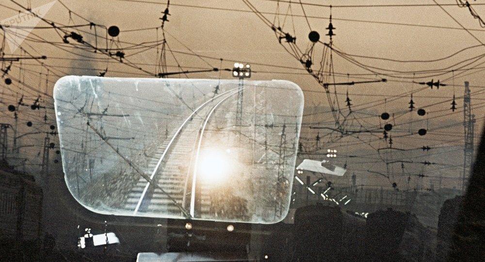 乌兹别克斯坦开始对连通吉中两国铁路干线进行电气化改造