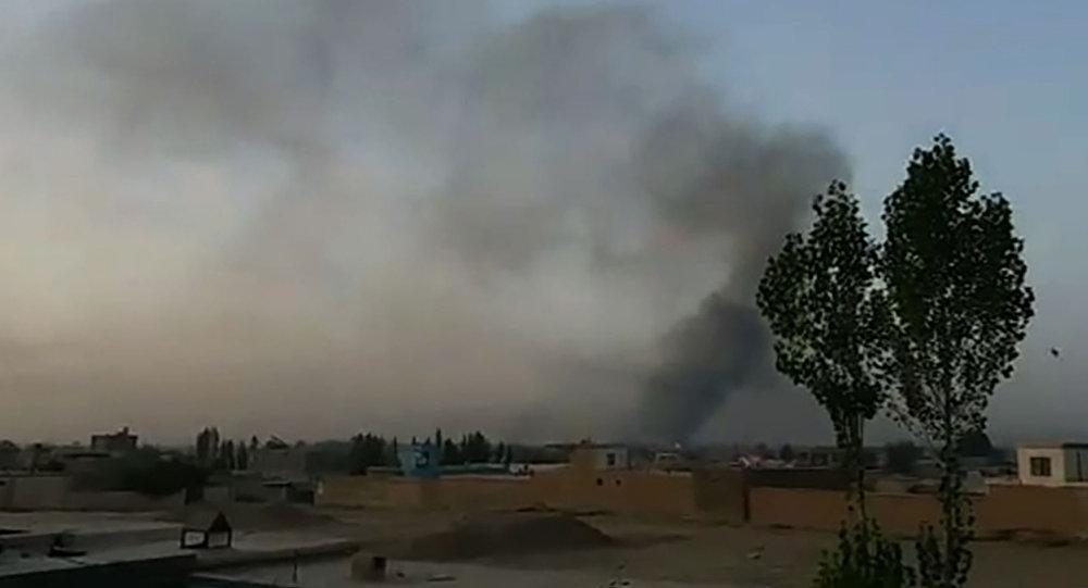 阿富汗塔利班对加兹尼市发动袭击,在两天时间内已造成超过100人死亡和133人受伤