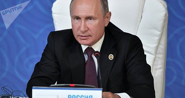 普京:里海公约保障非地区国家不会在里海驻军