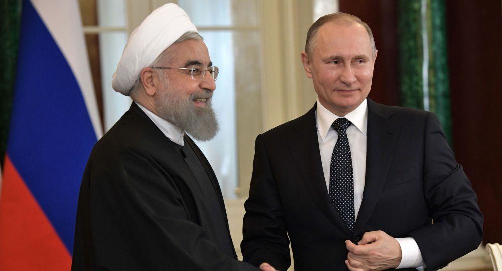 伊朗总统:俄伊关系逐年积极发展
