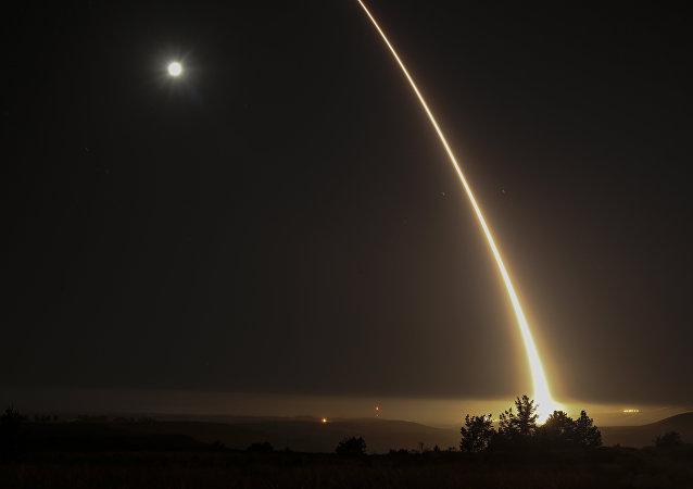 《美国国防新闻周刊》讲述美国因俄中两国而改变防空战略
