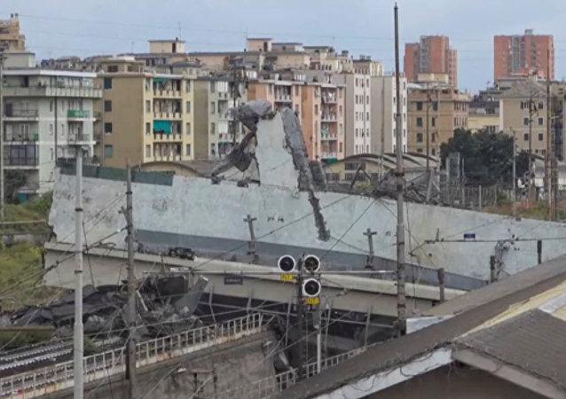 意消防员:热那亚事故大桥或进一步坍塌危及住房