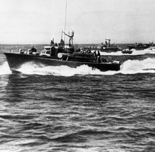 苏联鱼雷艇攻击咸兴港。