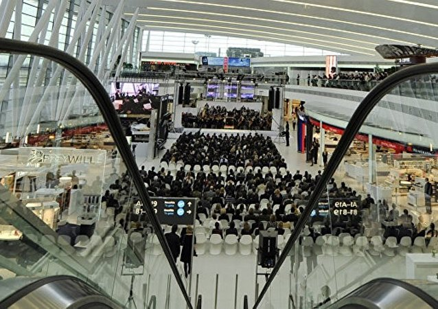 布達佩斯機場被部分關閉以檢查盛有放射性物質的容器
