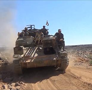 敘利亞軍隊在沙漠中使用蘇聯裝備作戰
