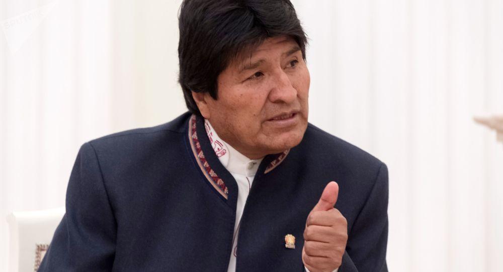 莫拉莱斯感谢玻利维亚人民并表示希望骚乱停止